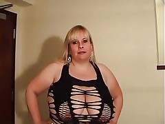 Busty bbw big n soft titties