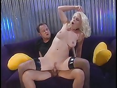 Hot blonde whore gets her pussy licked on sofa