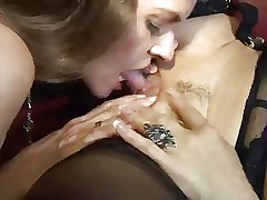 Sexy Vanessa and June Summers eat one another's pussy
