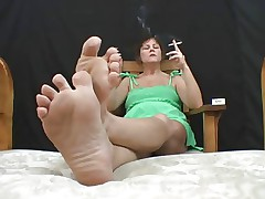 Mature Smoking Feet