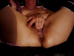 Milf Jess squirting 1