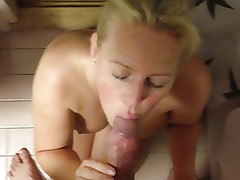 MILF gives a good BJ and ends with a facial