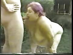 BBGranny does outdoor BJ